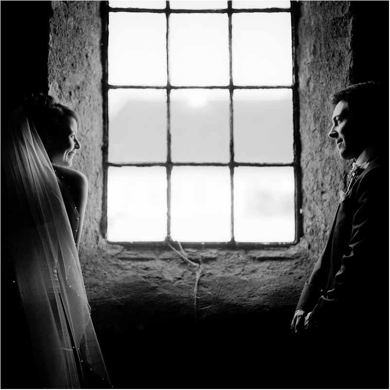 Redigerer i samtlige bryllupsbilleder i leverer?