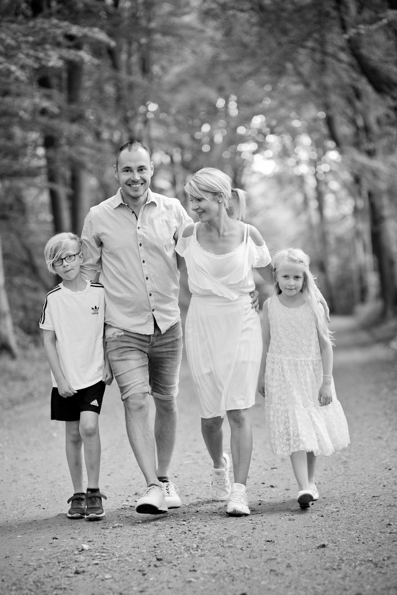 familieportræt udenfor